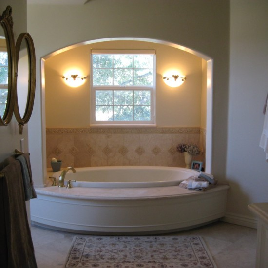 Baths with oval tubs