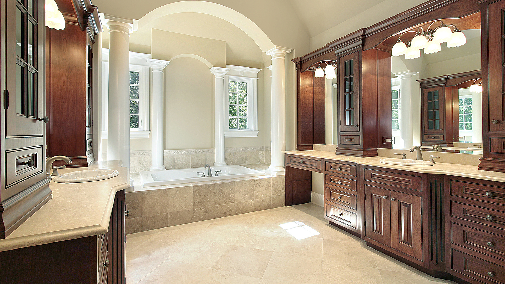 SPLENDID MASTER BATH