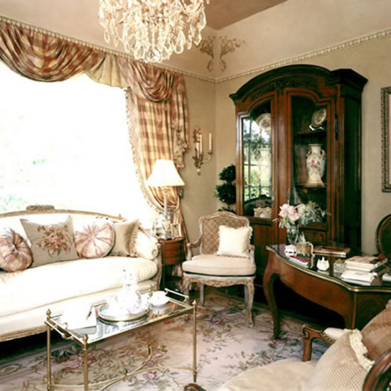splendidantiquesforafrenchchateau_featured